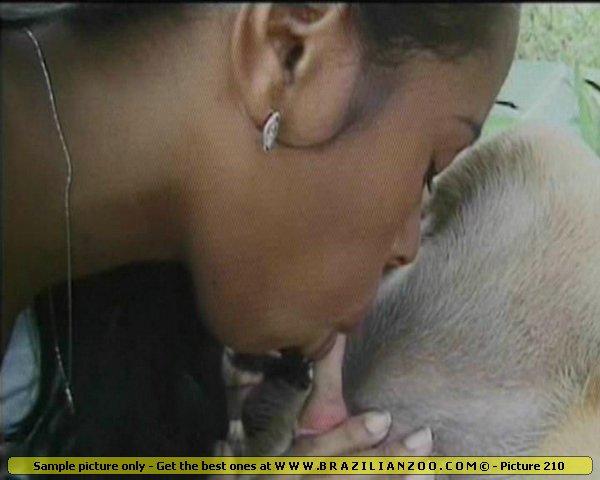 zoo sex ebony brazilian babe sucking a long rose dog dick